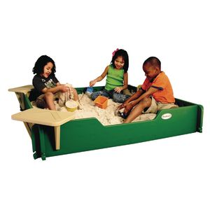 5' x 5' Sandbox with Cover