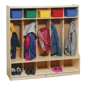 5-Section Locker with Step