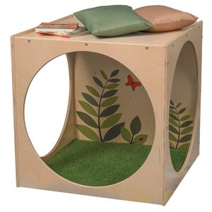 Nature Reading Cube with Grass Mat
