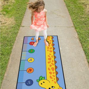 Learning Measuring with the Giraffe Play Carpet