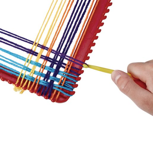 Weaving Loom with Plastic Hook
