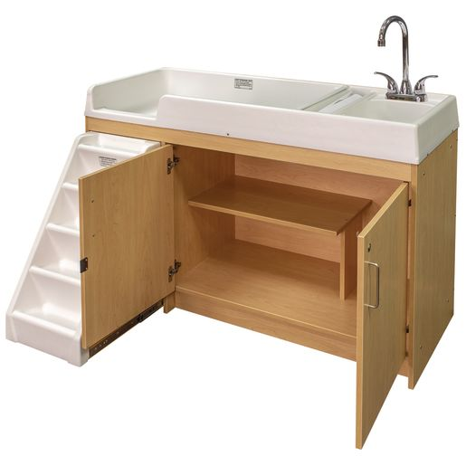 Walkup Changing Center - Maple/Maple