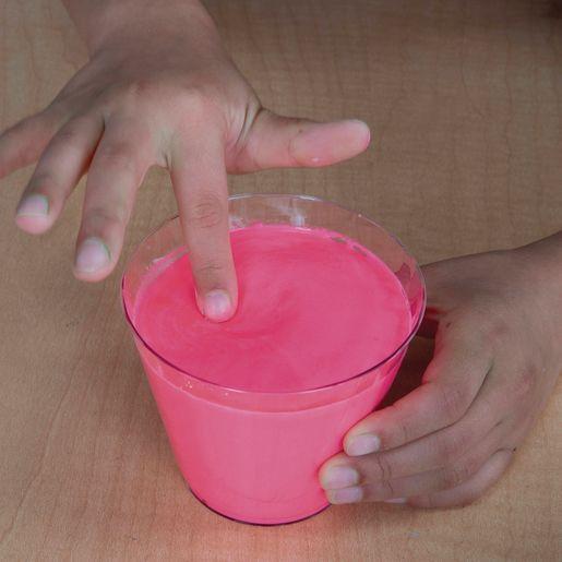Steve Spangler Oobleck - Pink with Black Light_4